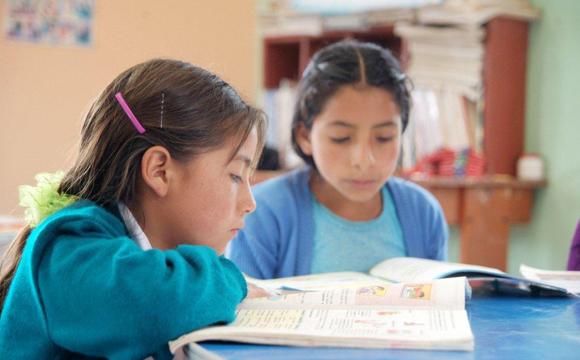 Proyecto en Perú: Aprender a leer, leyendo | Travel Club Solidario